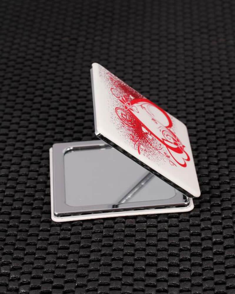 مرآة جيب نمط قلب أحمر