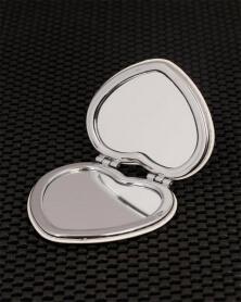 مرآة جيب باريس على شكل قلب