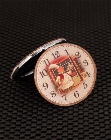 Miroir de Poche Boulanger à l\'intérieur d\'une Horloge